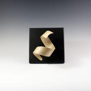 Sculpture bois Wave cintrée en Charme