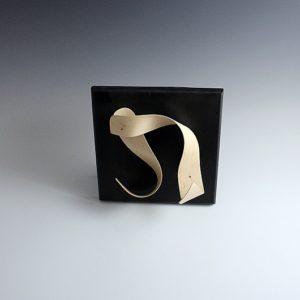 Sculpture bois Wave cintrée en Noisetier