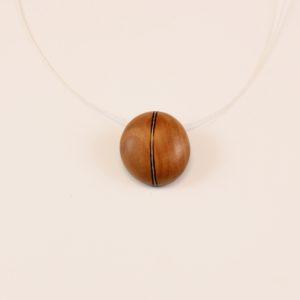 Collier pendentif grain de Café Merisier wengé erable